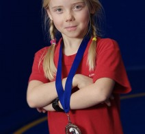 girl-wrestler