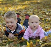 kids-leaves