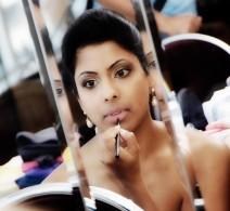 bride-mirror
