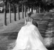bride-walking